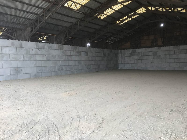 betonblock-concrete-blocks-construction-wall-shed-nantes