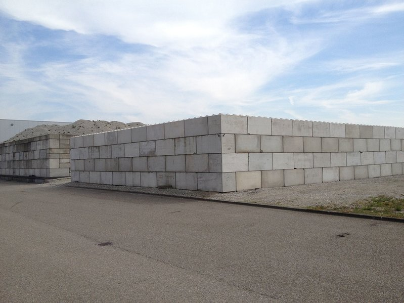 betonblock-concrete-blocks-construction-wall-storage