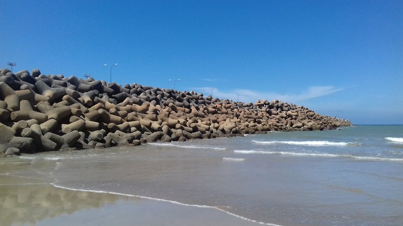 betonblock-tetrapods-coastline-coastal-engineering-marocco